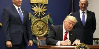 Donald Trump ferme la porte aux musulmans