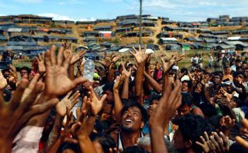 Les Birmans boudhistes