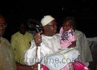 Des cadeaux pour 200 enfants orphelins de Tambacounda