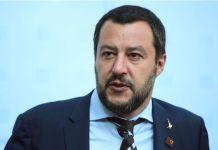 "Matteo Salvini voit des ""esclaves africains"" à travers les migrants"