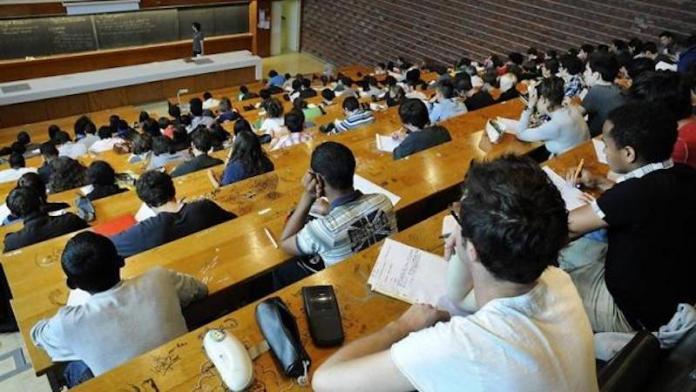 Des universités françaises n'appliquent pas la hausse des frais d'inscription des étrangers