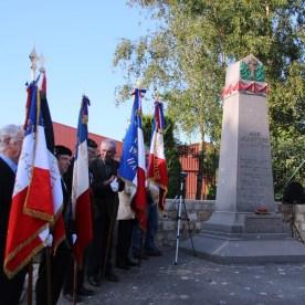 2014-06-11-ceremonie-70em-anniversaire-des-martyrs-dhaplincourt016