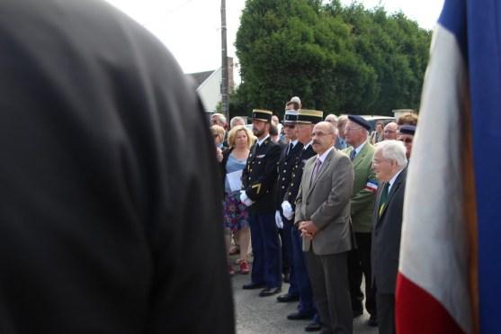 2015-06-07-ceremonie-des-martyrs-dhaplincourt094