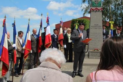 2015-06-07-ceremonie-des-martyrs-dhaplincourt097
