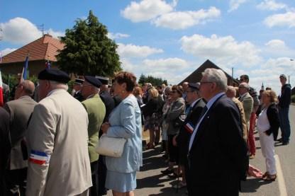 2015-06-07-ceremonie-des-martyrs-dhaplincourt098
