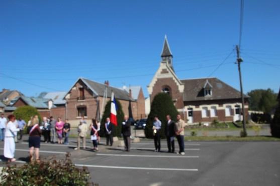 2016-05-08-ceremonie-et-fete-dhaplincourt018