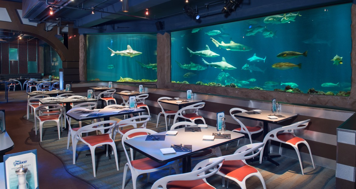 Orlando Magical Dining Month offers limited time special at Sharks Underwater Grill at SeaWorld | Acupful.com travel blog | Orlando family dining