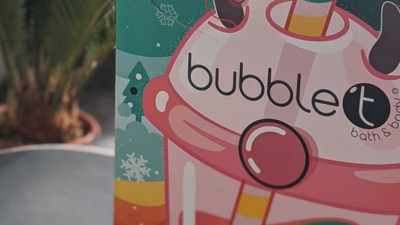 Lets Take a Look inside: 'BubbleT Christmas Advent Calender 2019'