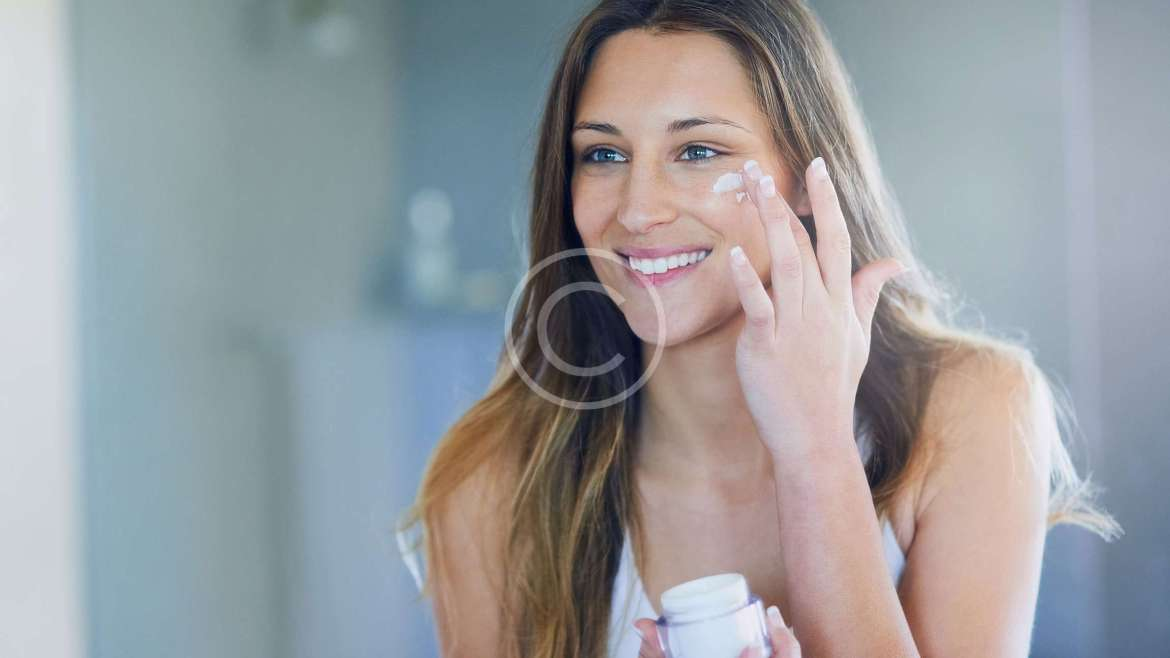 6 Habits That Are Clogging Your Pores