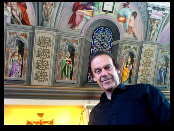 Gary Bevans under the Sistine Chapel