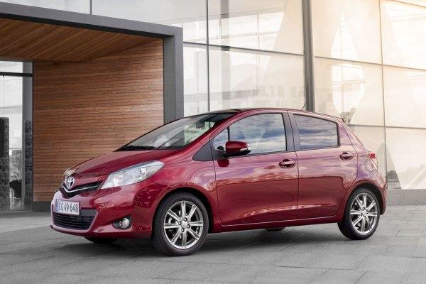 Toyota Yaris (2016-2017) - фото, цена, характеристики ...