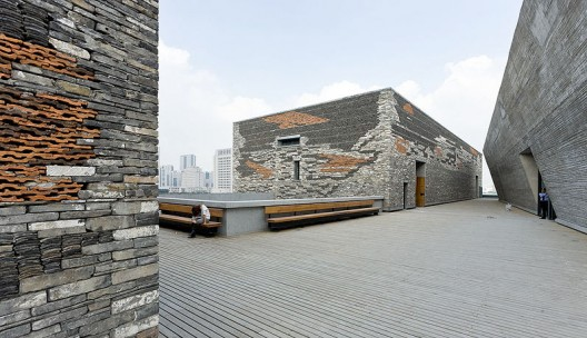 Ningbo Historic Museum / Wang Shu, Amateur Architecture Studio (13) © Iwan Baan