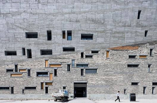 Ningbo Historic Museum / Wang Shu, Amateur Architecture Studio (7) © Iwan Baan