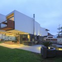 A House Forever / Longhi Architects © Juan Solano