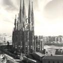 AD Classics: La Sagrada Familia / Antoni Gaudi 1953 © Expiatory Temple of the Sagrada Família