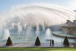 Sprungbereit: In den Jardins du Trocadéro rauschen die Fontänen, darunter versteckt liegt das Aquarium Cinéaqua.