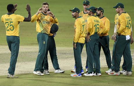 South Africa win 2nd T20 against Sri Lanka, lead series 2-0