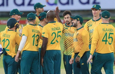 South Africa beat Sri Lanka in final T20 to sweep series 3-0