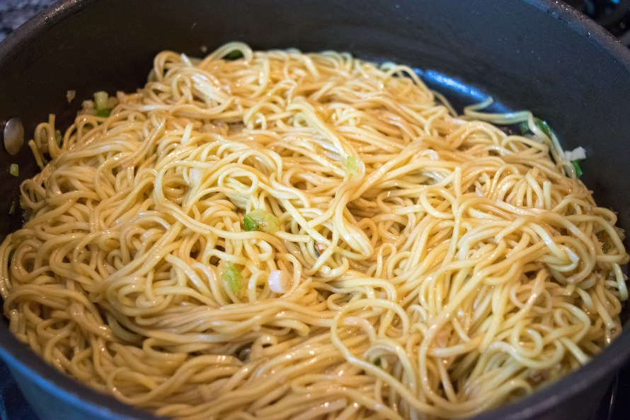 sauce coated garlic noodles