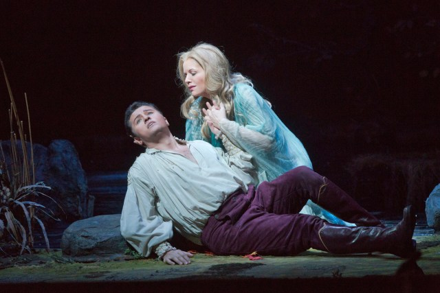 Piotr Beczala and Renée Fleming (Photo: Ken Howard, Metropolitan Opera)