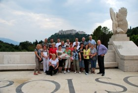 Pod pomnikiem Monte Cassino