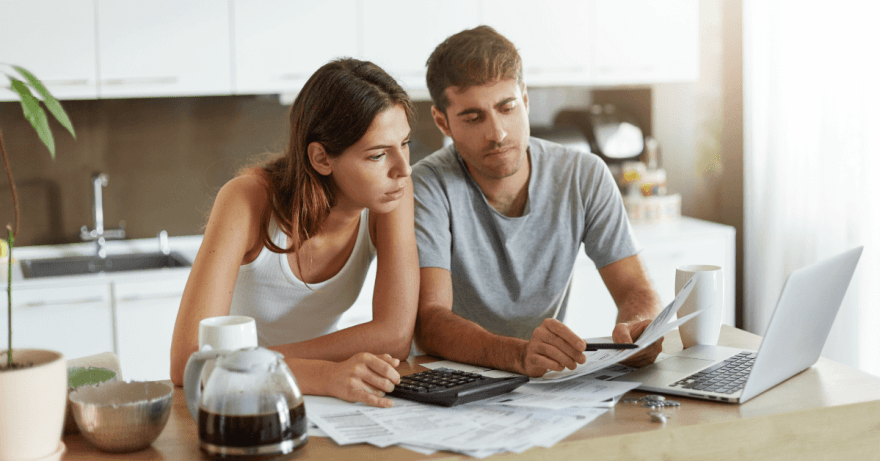 Sharing Expenses In a Relationship