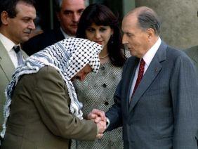 Le même Mitterand qui avait sauvé la vie au terroriste Arafat à Beyrouth était l'ami de Bousquet...n'oublions jamais les parts d'ombre du personnage!