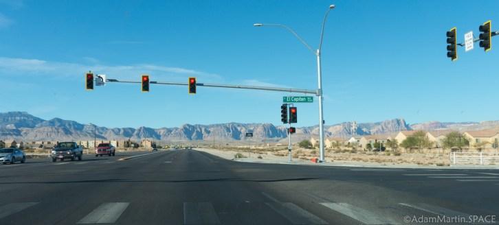 Las Vegas - West into the mountains
