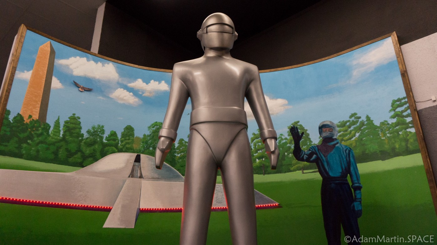 Roswell UFO Museum - The Day The Earth Stood Still