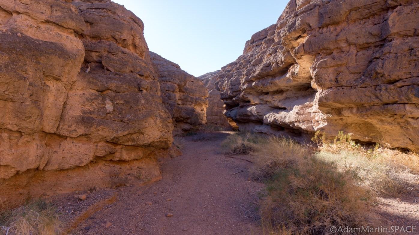 Lake Mead - Slot Canyon on the Owl Canyon Trail