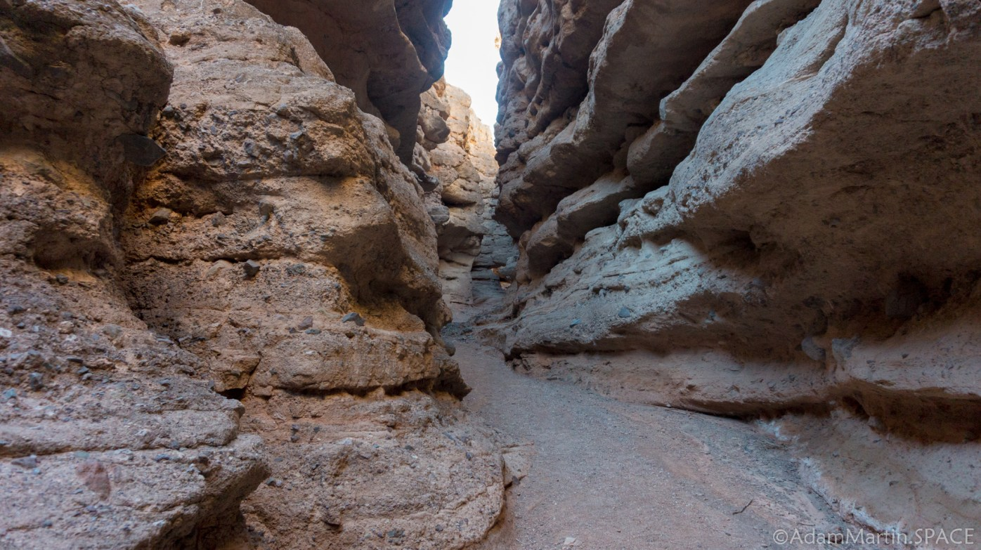 Lake Mead - Slot Canyon on the Owl Canyon Trail