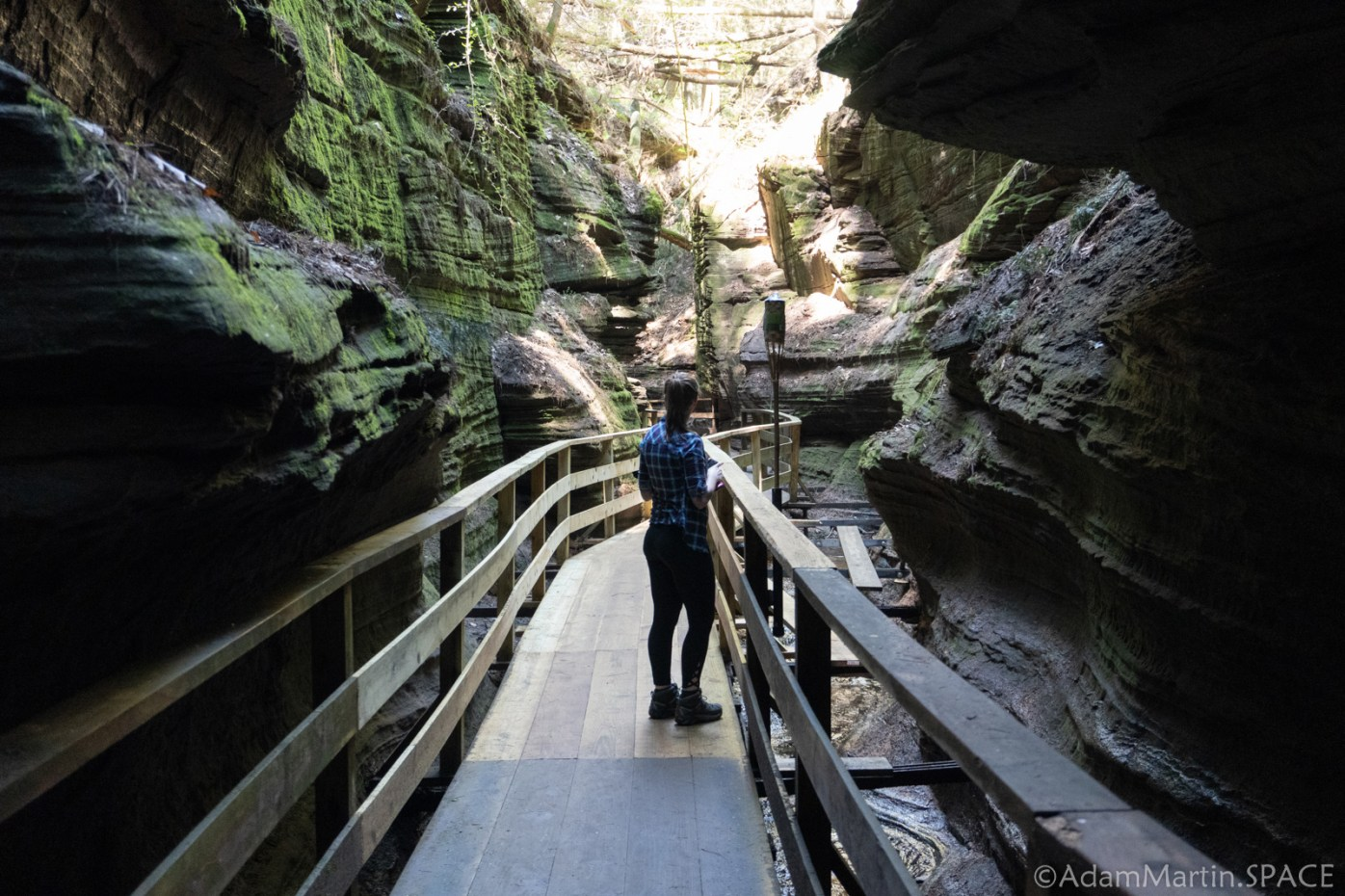 Dells of the Wisconsin River - Witches Gulch
