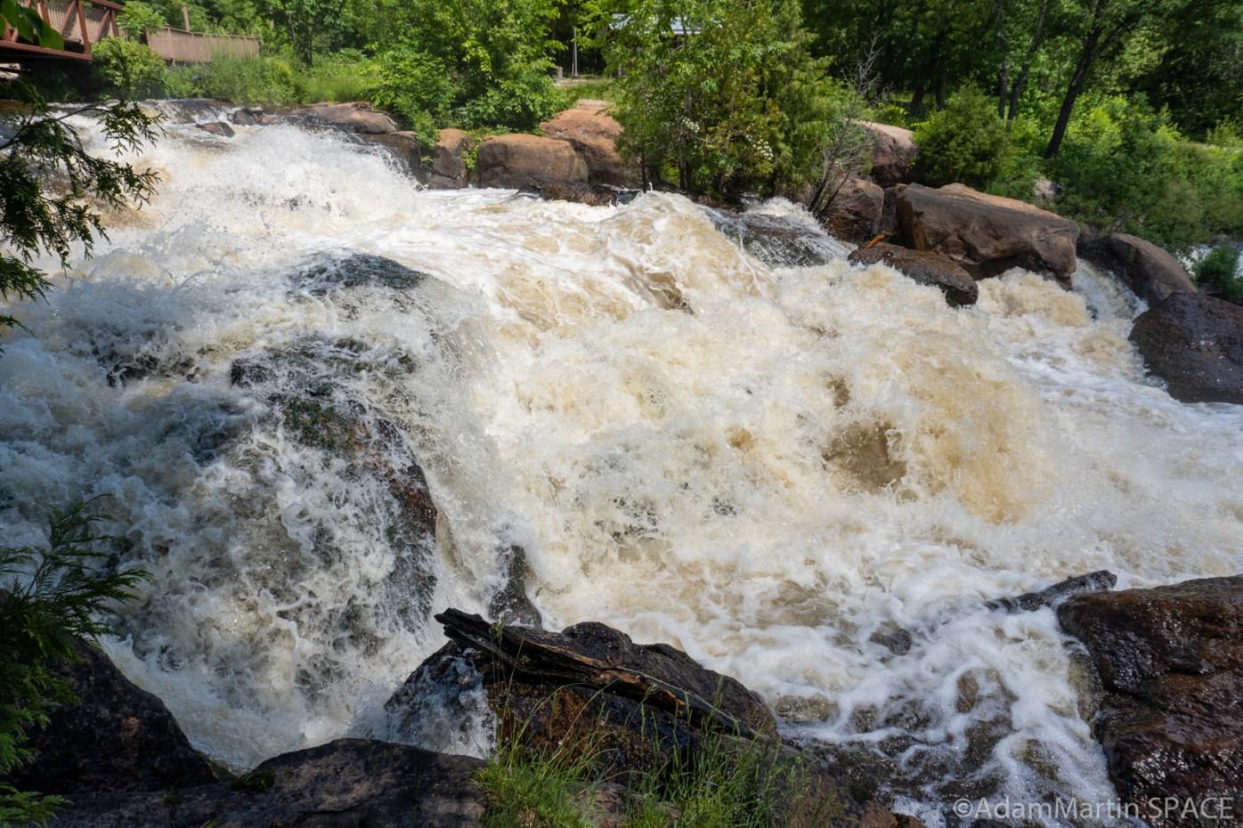 Big Smokey Falls - Beside/below the first falls