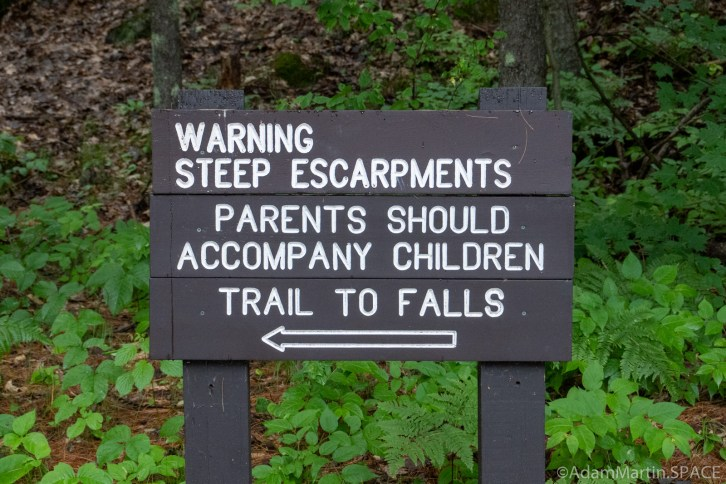 Dave's Falls – Warning sign