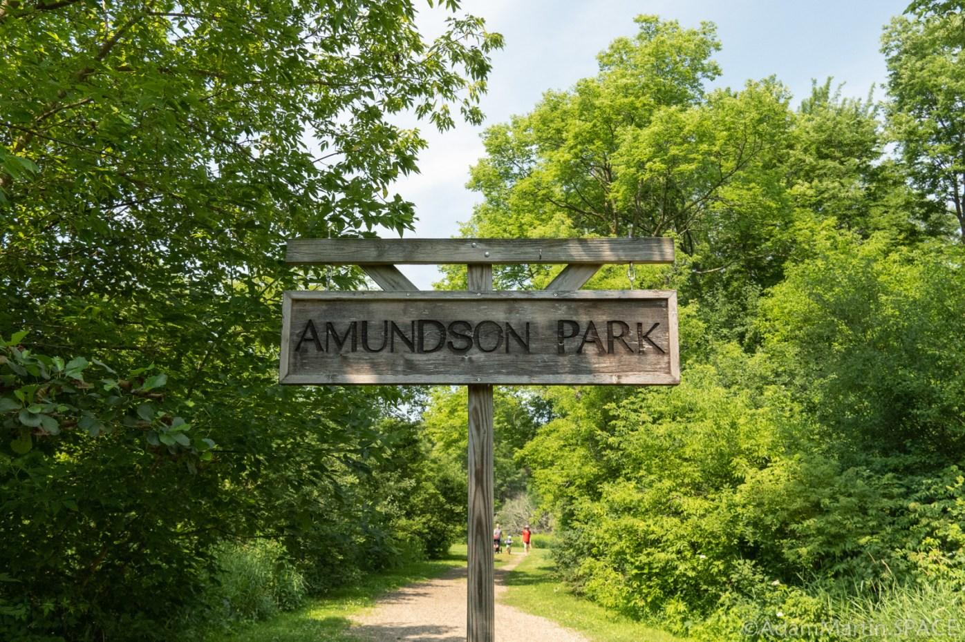 Amundson Park - Signpost