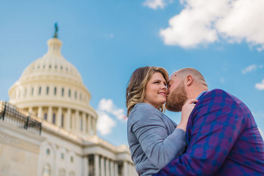 engagement-photos-at-the-capitol-10