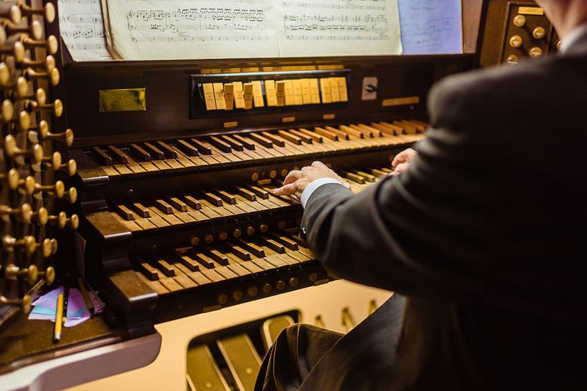 coffman chapel organist at Hood College by Washington DC Wedding Photographer Adam Mason