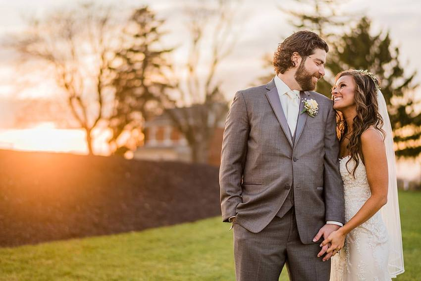 happy couple with modern style at wyndridge farm wedding