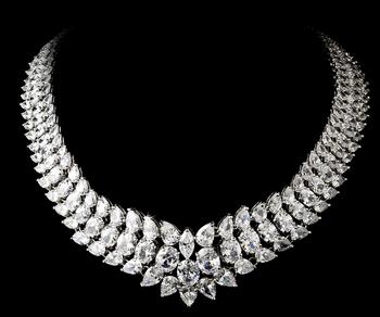 1 1 necklace stunning