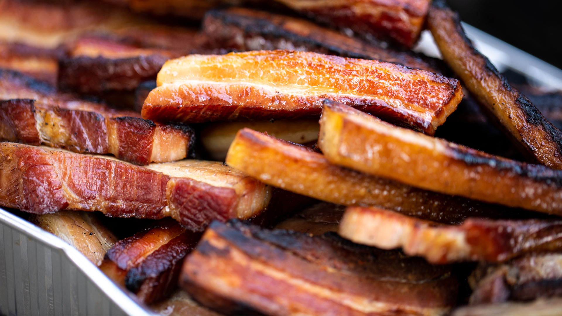 thick-cut-smoke-bacon-LHP-farm-to-table-dinner ©Kelly Heck Photography
