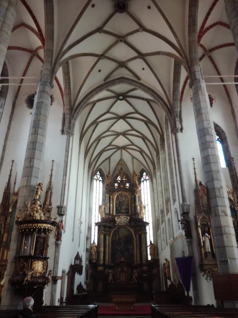 kostol svateho vita cesky krumlov cesko
