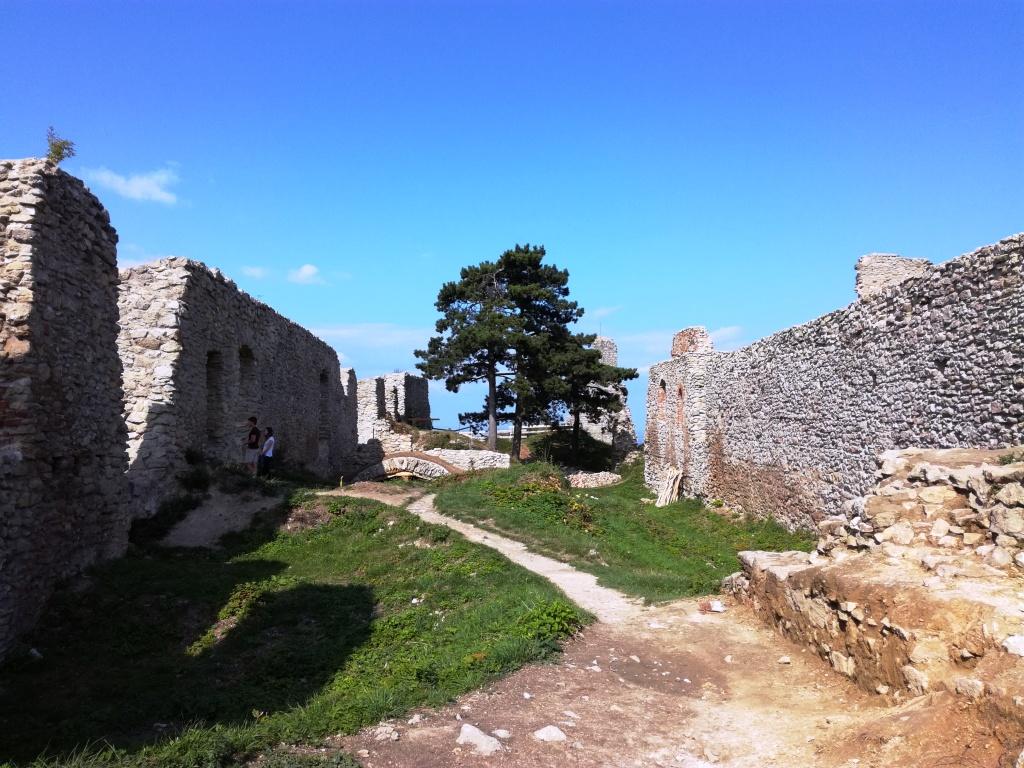 hrad stary jicin beskydy valassko severna morava cesko