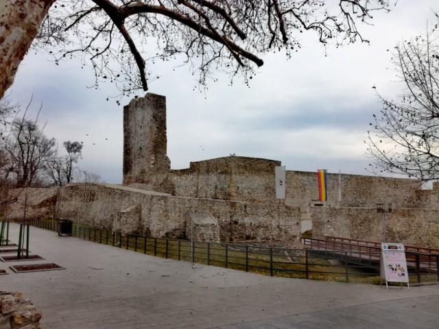 medieval fortress of severin drobeta turnu severin mehedinti oltenia valassko valahia wallachia walachia rumunsko romania adam vanecko traveller