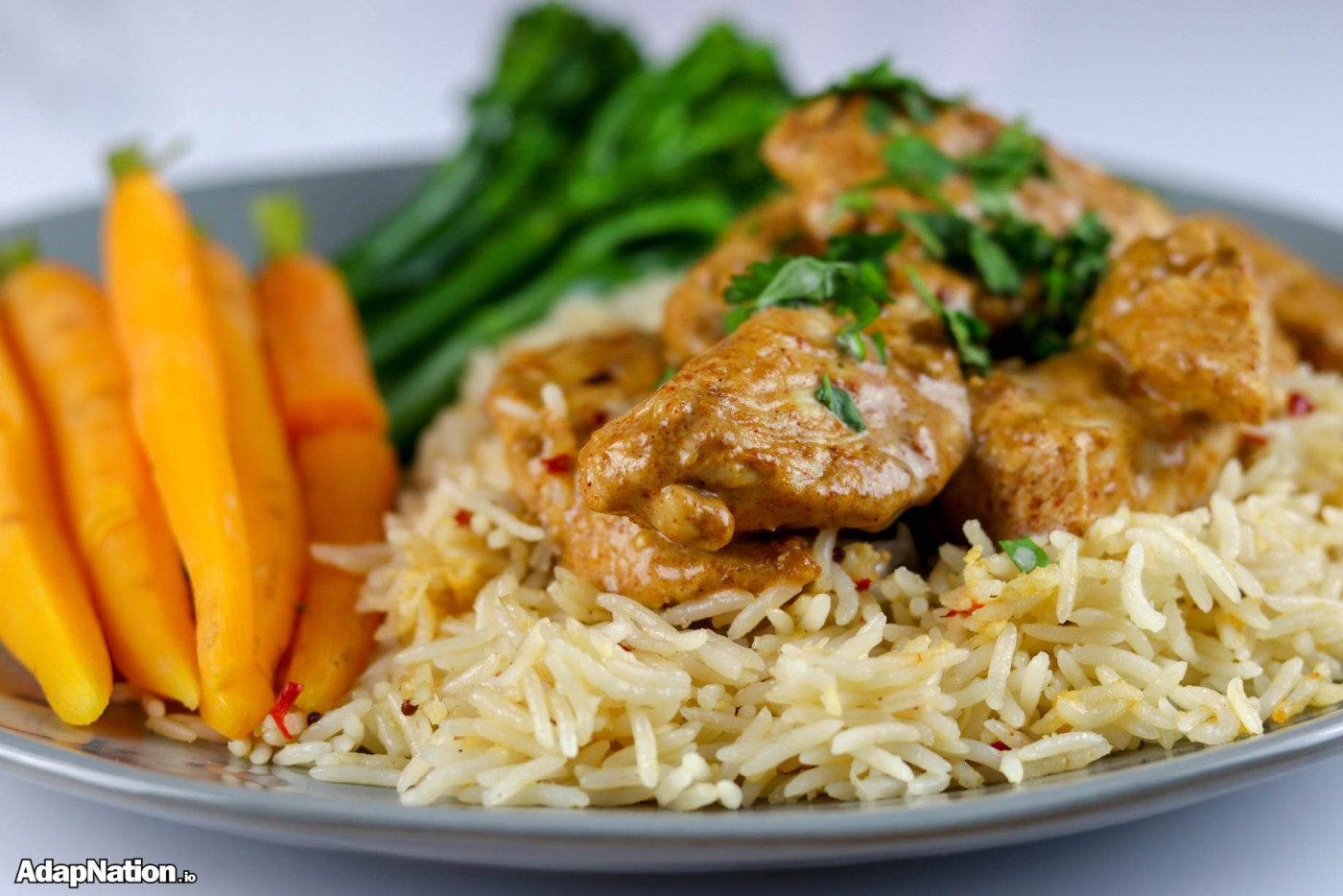 Creamy Thai Chicken with Rice & Tender Veg