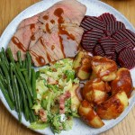 Roast Beef, Crispy Potatoes & Seasonal Veg