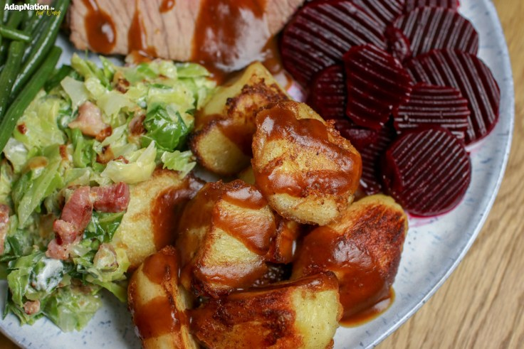 Roast Beef, Crispy Potatoes & Seasonal Veg  p4