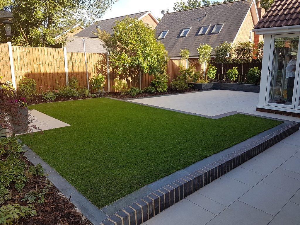 Modern Garden Design In Chandlers Ford