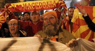 Macedonian protests against tirana platform