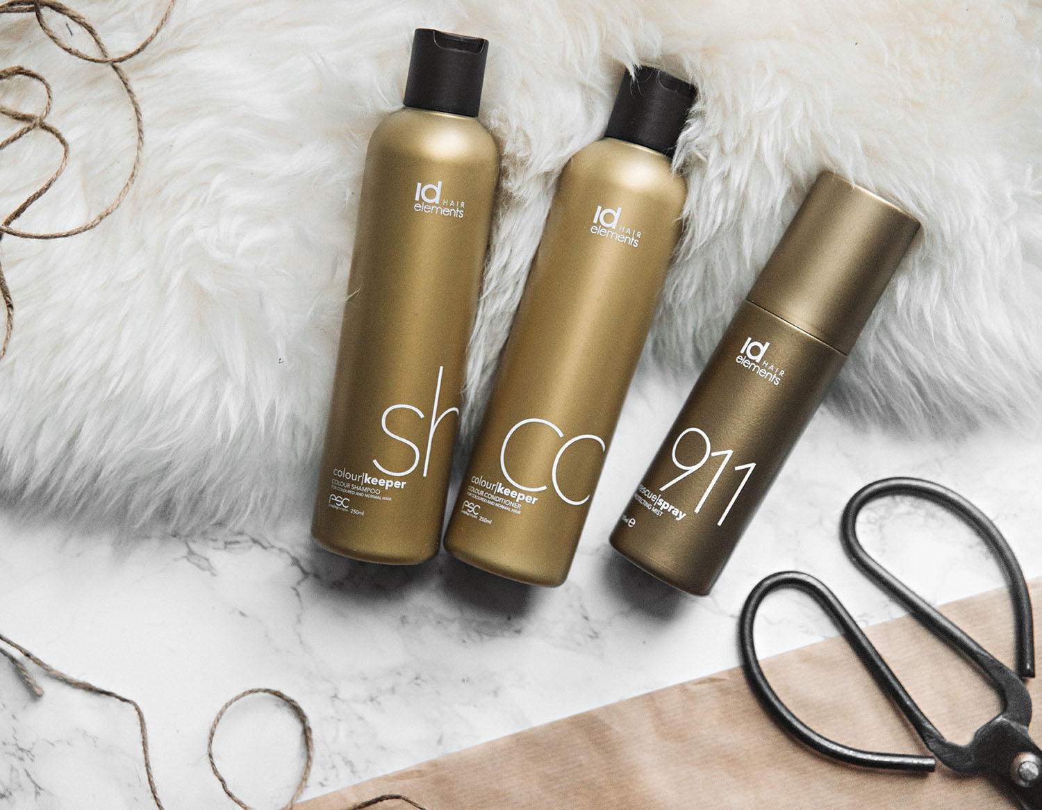 Id HAIR Colour Keeper Shampoo, Conditioner & Rescue Spray + Tangle Teezer