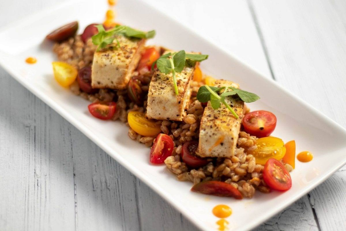 Mahi Mahi on a Bed of Heirloom Tomatoes & Farro